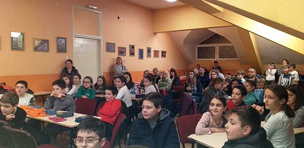 literarno-druzenje-povodom-dana-skole-razredna-30FE6871E-E129-8F8E-B75C-A1D4A8B422A6.jpg
