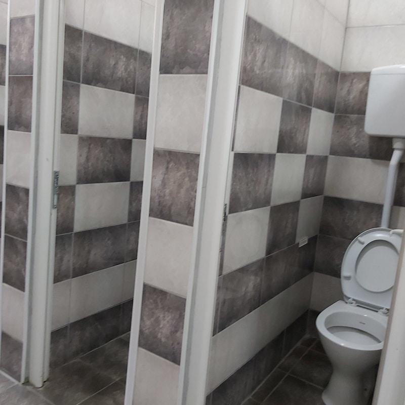 sanacija-toaleta-4EE2EC366-A460-68AB-53C9-ED4079D85F6E.jpg